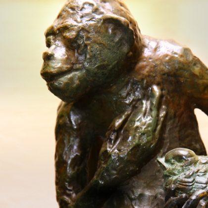 מנורת קוף מאוהב
